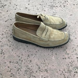 Tod's made in Italy suede penny loafer driving 10